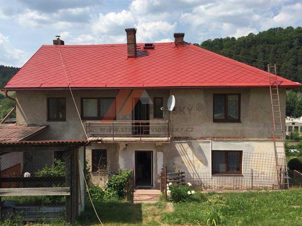 Vídenský | Renovační nátěr eternitové střechy 01 - Červený odstín