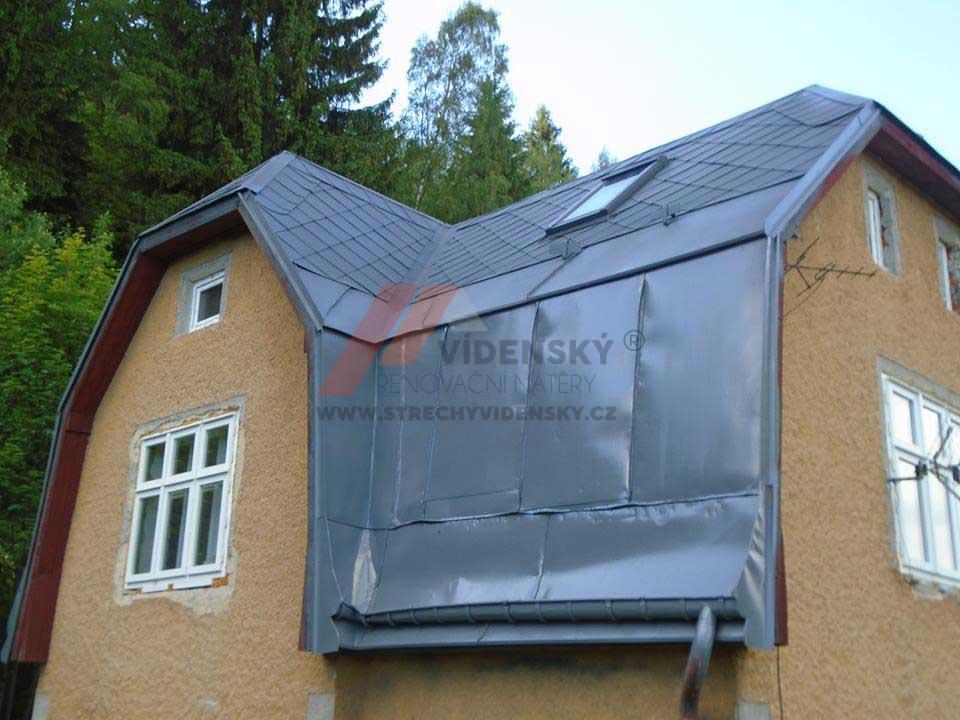 Vídenský | Renovační nátěr eternitové střechy 03 - Antracitový odstín