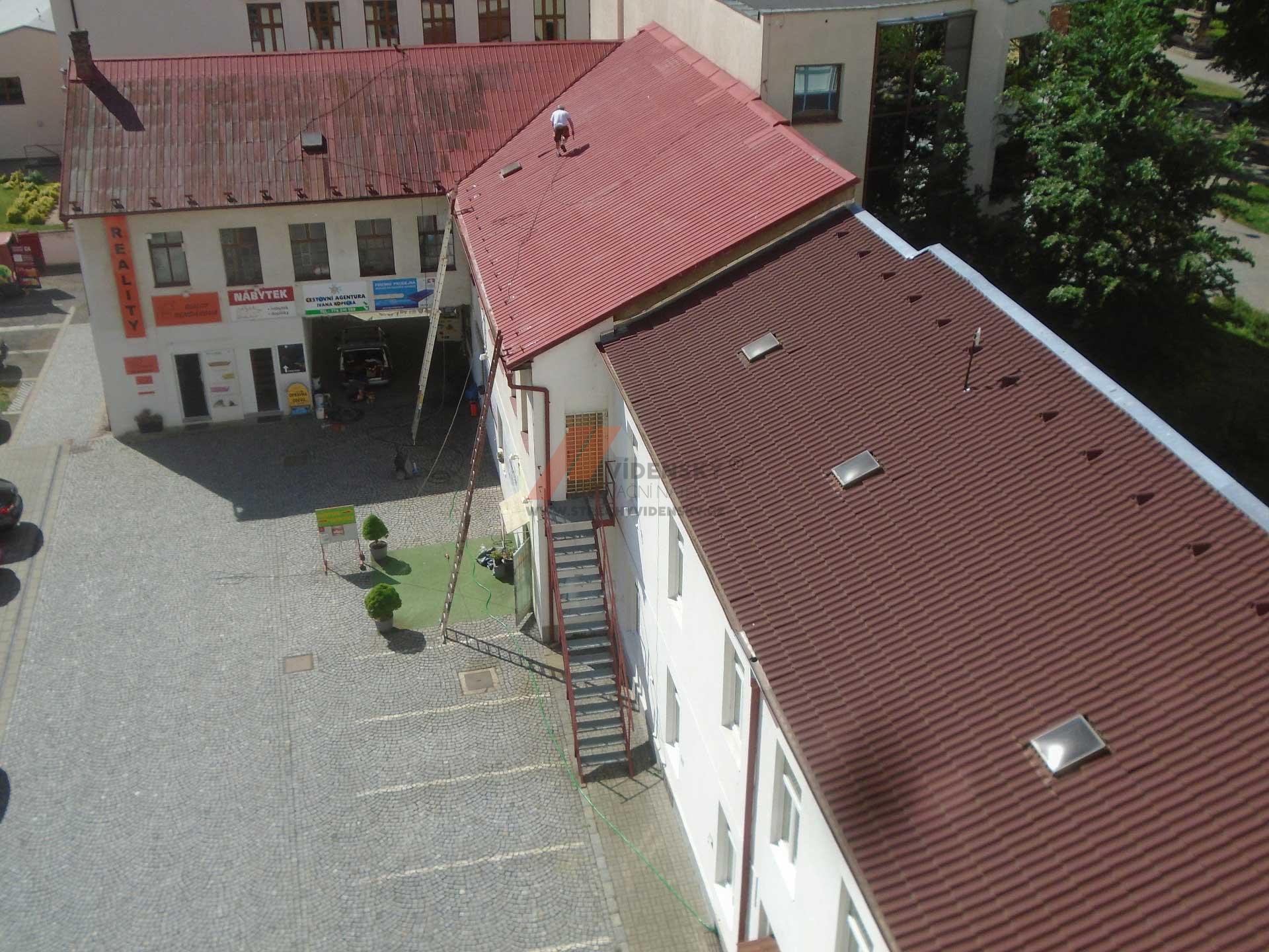 Vídenský   Renovační nátěr tašek 04 - Původní stav